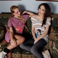 T-shirt Amy T-shirt Mona